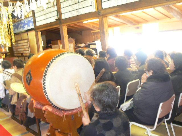 大太鼓で唱えるお題目