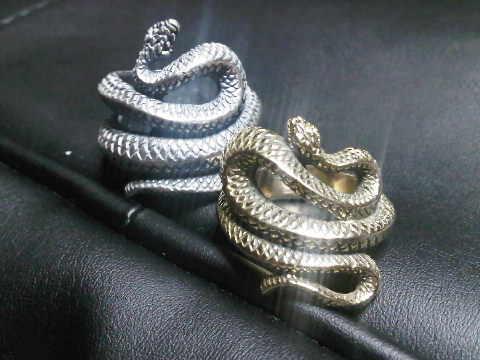 snakering.jpg