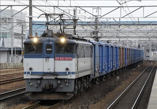 780レ  EF65-1070