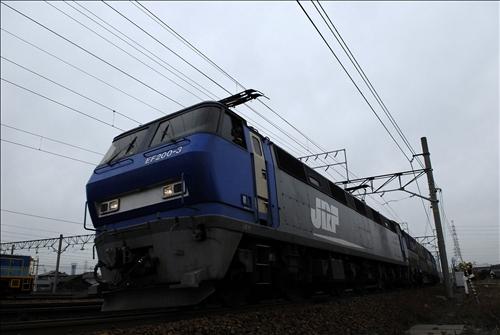 1050レ  EF200-3