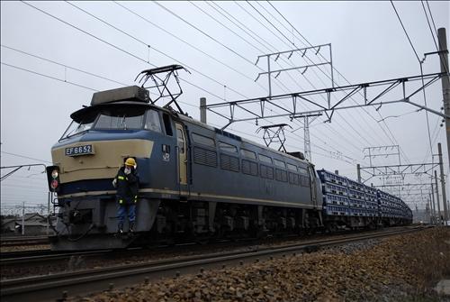 3562レ  EF66-52