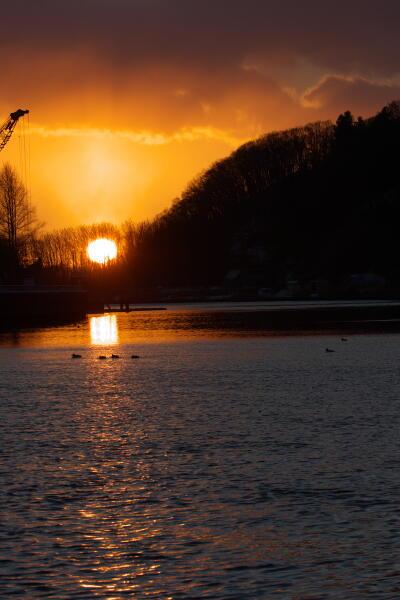 網走川の夕日
