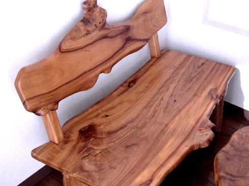 背有りのベンチ~N宅。