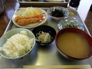 五色ヶ原山荘の夕食