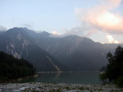 黒部湖の夕暮