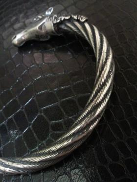 Horse_cable_wire_bangle-03.jpg