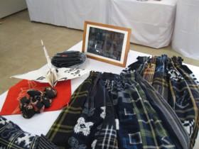 秋山さんスカート
