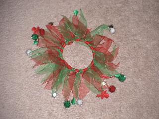 クリスマス用の首飾り