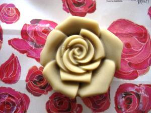 20110823薔薇シロップ石けん2