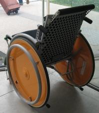 21世紀美術館 車椅子3