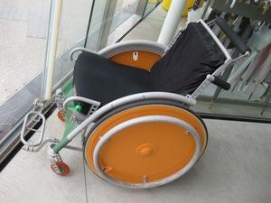 21世紀美術館 車椅子4