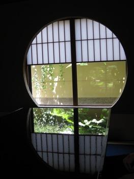 萬亀楼 部屋 窓