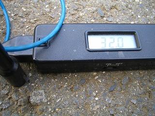 2011.8.12 002朝8時路面温度