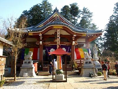 なかなか可愛いお寺です。