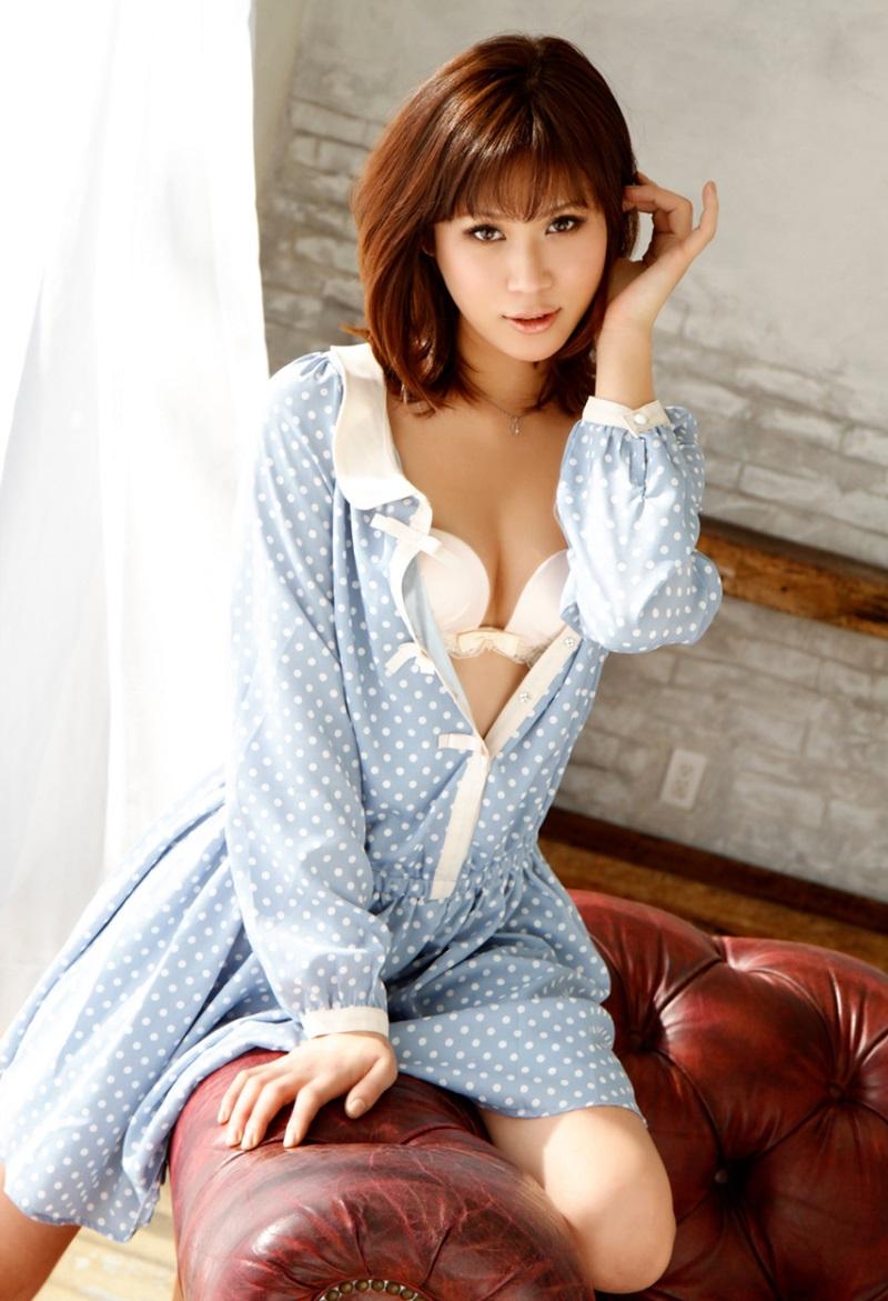 【No.10068】 谷間 / 美咲あかり