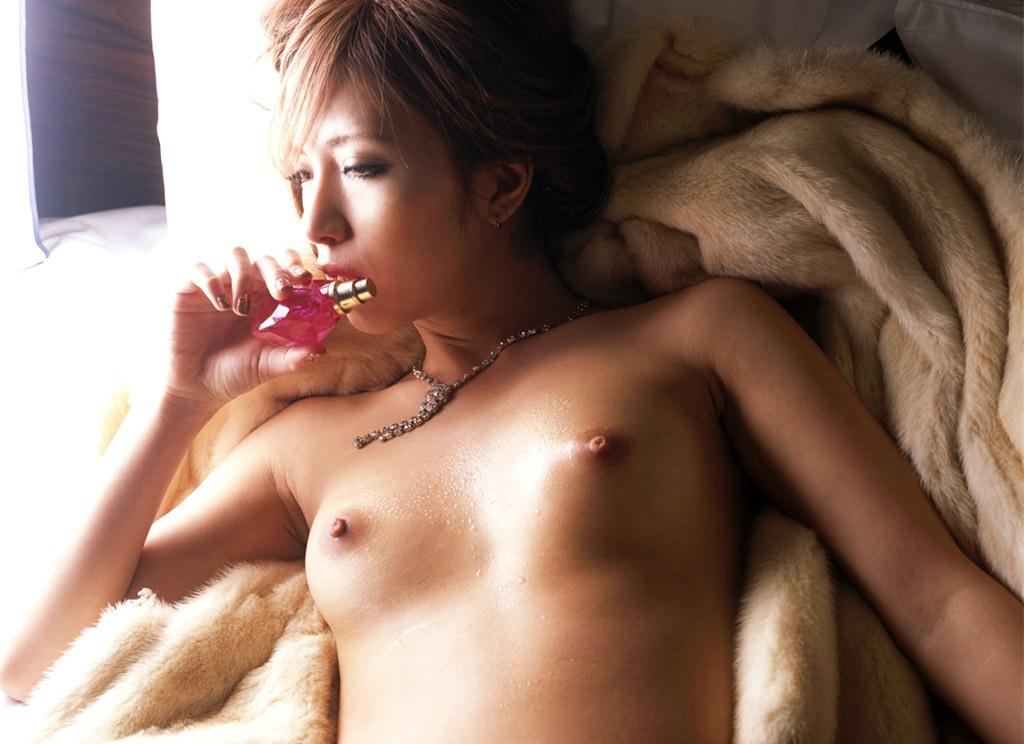 【No.9627】 Nude / 倖田梨紗
