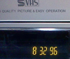 3296時間です 結構使われています。