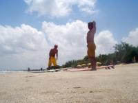 準備体操。。海をナメんなよ!