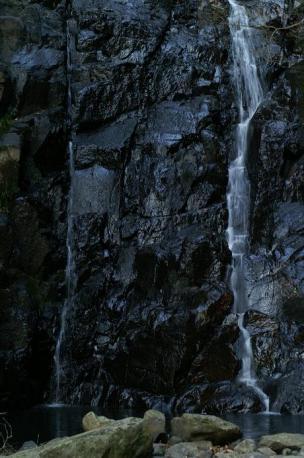 滝つぼの辺り