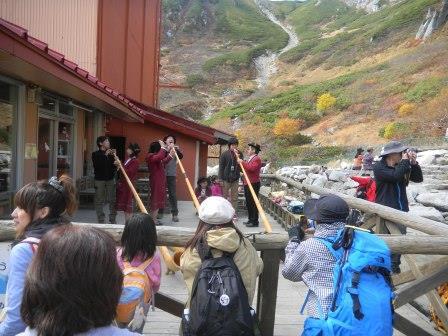 10月14日 駒ヶ岳ホテル千畳敷での演奏 023