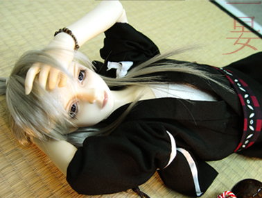 IANKURO2.jpg