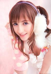 beckii_cruel_g005.jpg