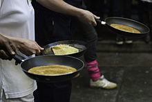 220px-Pancake_race_London_on_your_marks.jpg