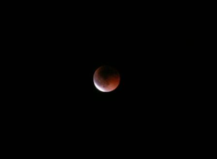 デジイチなら月のクレートまで見えるんですかね?