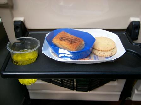 朝はサンドイッチでした
