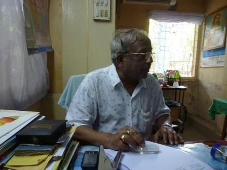 Dr. Shandra Ghuhs