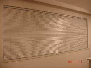 DK、寝室、TOSO(トーソー)コルトブラインドTB-C802ピュアホワイト(ツヤ消し)