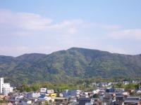 春色の朝熊山