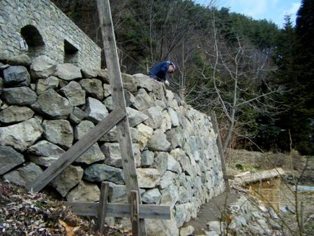 積み直しの石垣