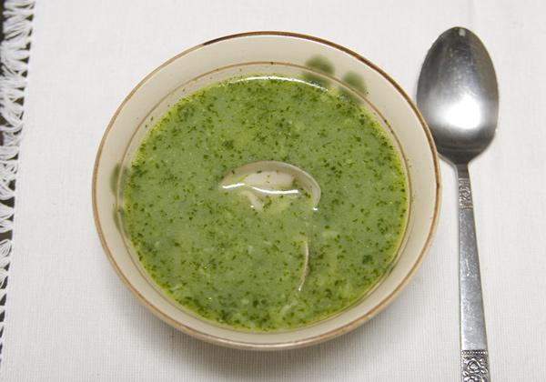 ハマグリのスープ、パセリ風味