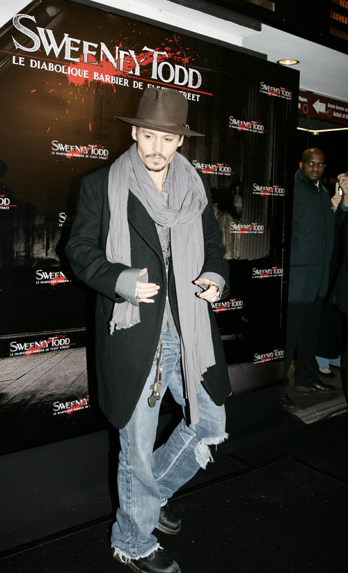 johnny-depp-sweeney-paris-1168-1.jpg