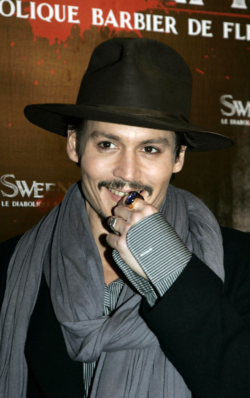 johnny-depp-sweeney-paris-1168-7-1.jpg