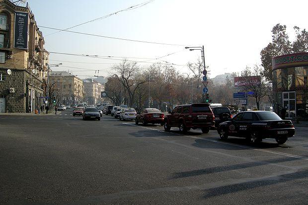 アルメニア16