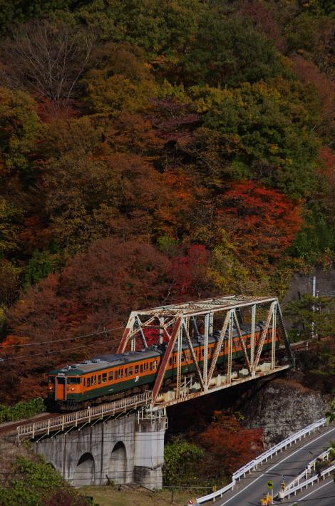 2013年11月09日 吾妻線 紅葉 017
