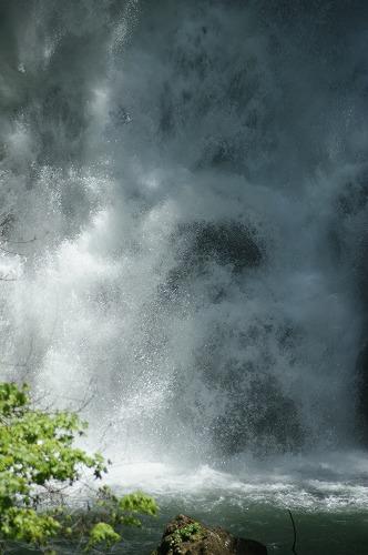 滝つぼ0109