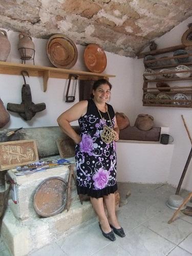博物館のガイド・エレーニ