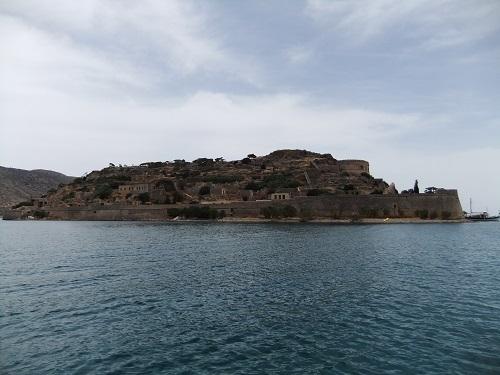 船でスピナロンガへ (2)