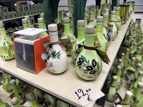 陶器工房兼お土産屋さん (3)
