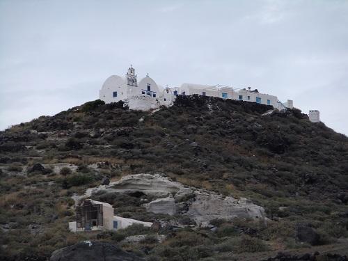ケラの上の修道院