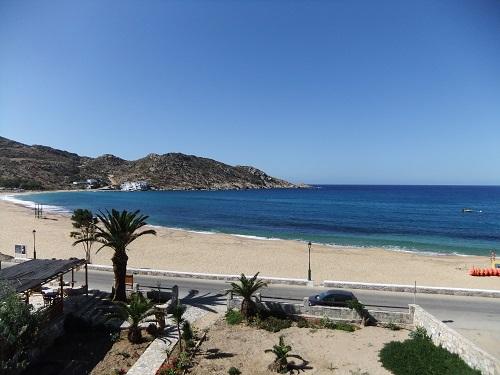 イオス_ホテルから見たビーチ