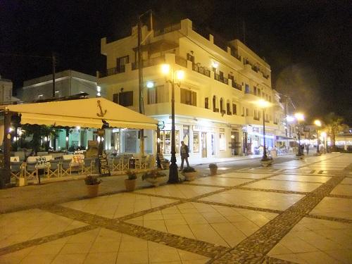 夜のナクソス・タウン