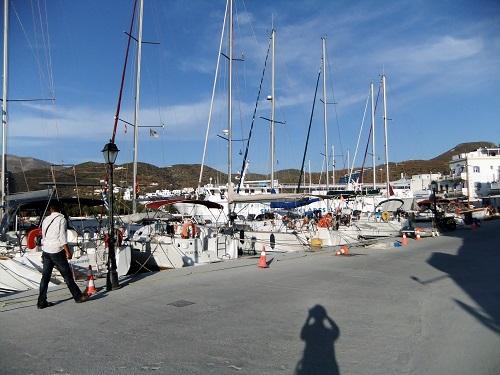 アモルゴス_カタポラの港