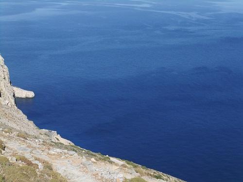 アモルゴス_ホラから眺める海 (3)