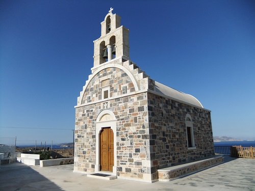 スヒヌサ_ホラの外れの教会 (2)