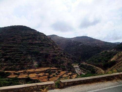 シフノス_カマレスからアルテモナスへ