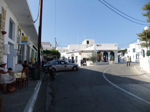シフノス_アポロニアのバス乗り場付近
